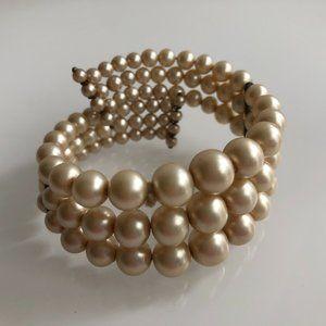 EUC - Vintage Pearl Cuff Bracelet